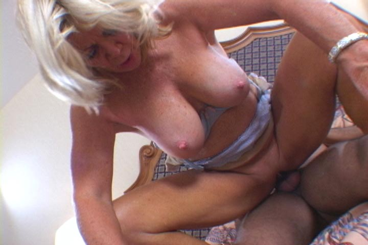 Gorgeous! hot exploited mature video love this and
