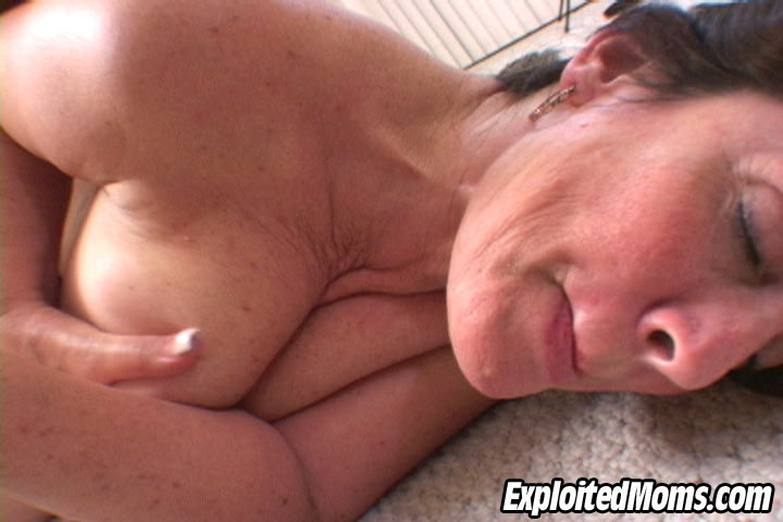 Mature milf sex exploited moms were rich